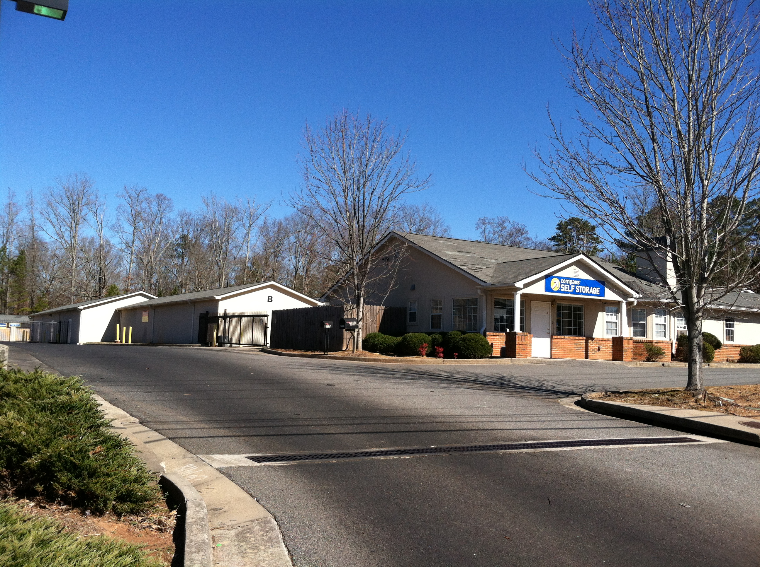 Compass continues to grow in atlanta compass self storage for Atlante compass